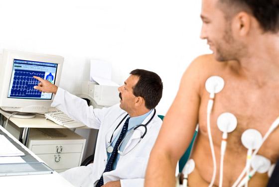 Какой врач проверяет сосуды головного мозга